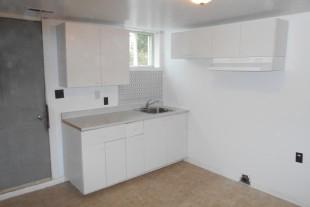 2 bedroom apartment on Bancroft Drive