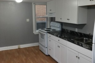 Two level two bedroom on Murray street