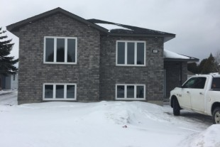 Be The First, New large 2 Bedroom Next To Hanmer Mall