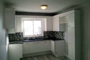 two bedroom apartment available March 1