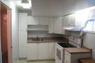 LARGE 2 BDRM APARTMENT FOR RENT JULY 1, 2018- HANMER