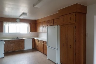 Large 3 Bedroom Apartment Available June 1st