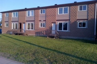 Beautiful upper level 2 bedroom apartment available in Val Caron