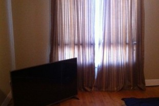 BRIGHT, CLEAN, NON-SMOKING 1 BEDROOM APARTMENT