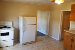 2 BED APT-215 DELL-CENTRAL AREA-AVAILABLE NOW OR AUG 1ST