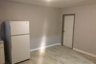 Fresh 1 bedroom plus den $800 All In