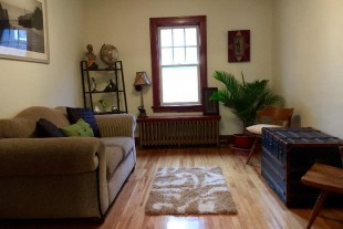 Clean spacious 2 bedroom apartment for rent