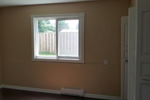Spacious 2 Bedroom Apartment Available October 1 – ValCaron Area