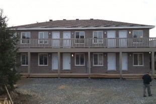 BACHELOR UNITS-ELIZABETH ST-CENTRAL AREA-NEAR RAMSEY LAKE-NOV1ST